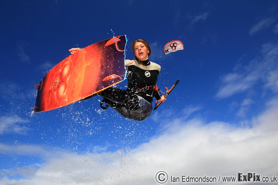 Hannah Whiteley grab ExPix wainman chiemsee kiteitright